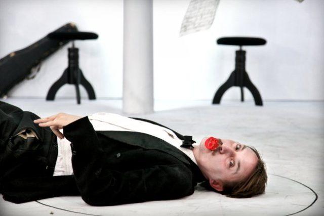 Z inscenace Doktor Faustus   foto:  Divadlo Husa na provázku