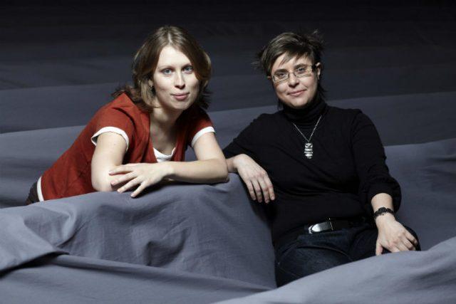 Režisérka inscenace Martina Schlegelová a Hana Hložková | foto: Petr Krejčí