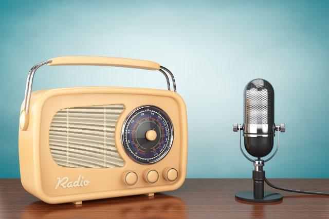 Rádio, mikrofon, retro