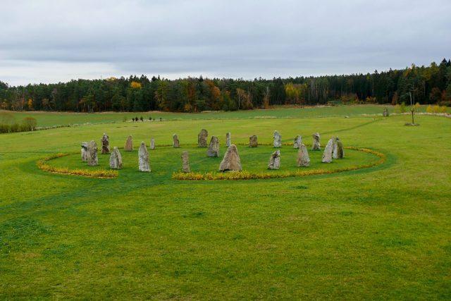 Stonehenge v Holašovicích | foto: Filip Černý,  Český rozhlas