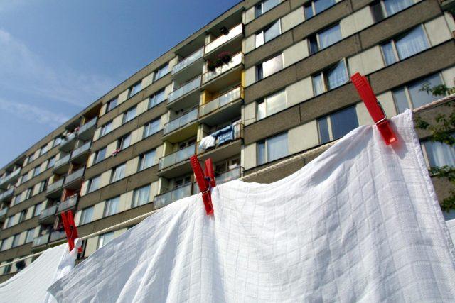 Na sídlištích bydlí celá třetina obyvatel Česka. Ceny za panelákové byty rostou enormní rychlostí,  i přestože se o nich tvrdí,  že nejsou příliš kvalitní   foto: Profimedia