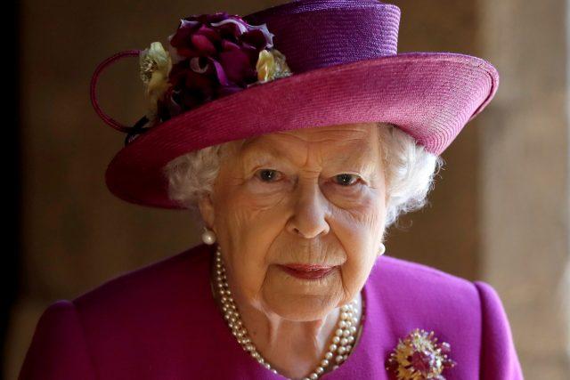 Britská královna Alžběta II.   foto: Kirsty Wigglesworth,  Reuters